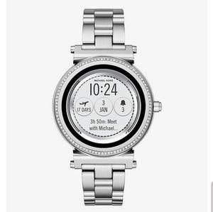 Michael Kors Sofie smartwatch pave silver